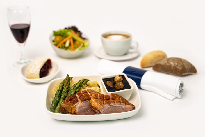 Menu Gourmet - Menu chaud à la viande de canard servi sur les vols de Czech Airlines
