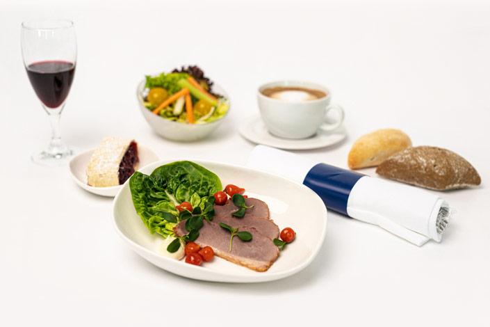 Menu Gourmet - Menu froid à la viande de canard servi sur les vols de Czech Airlines