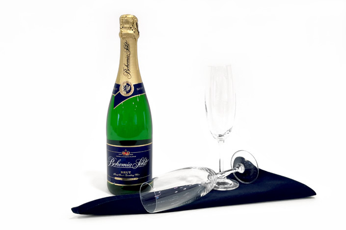 Gourmet Menu - Bohemia sekt brut served aboard Czech Airlines flights